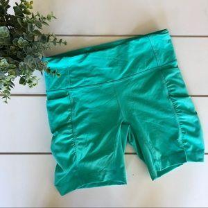 Lululemon Spandex Shorts w/ Scrunch Sides Teal 4